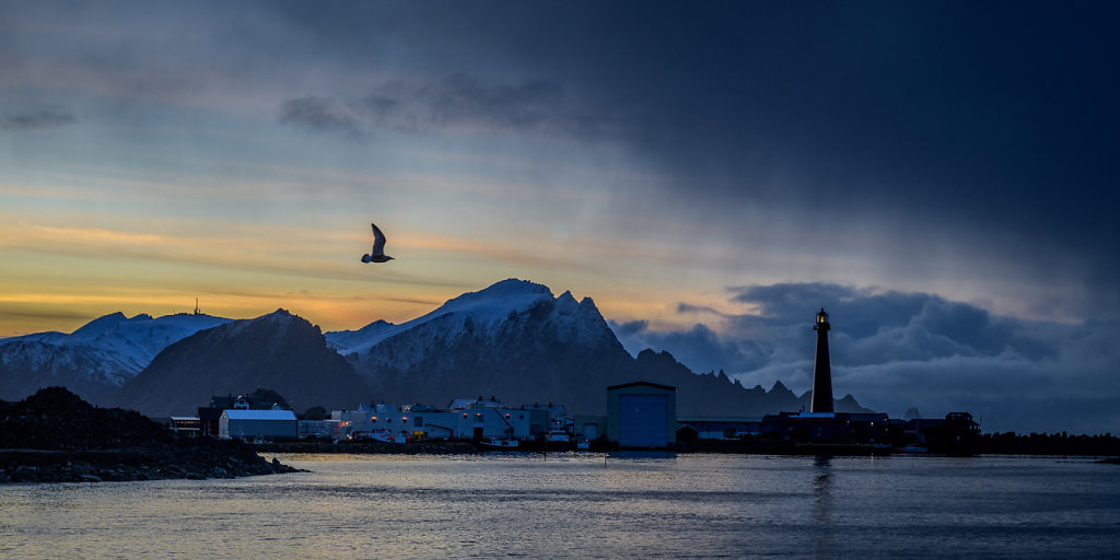 Solnedgang over Andenes